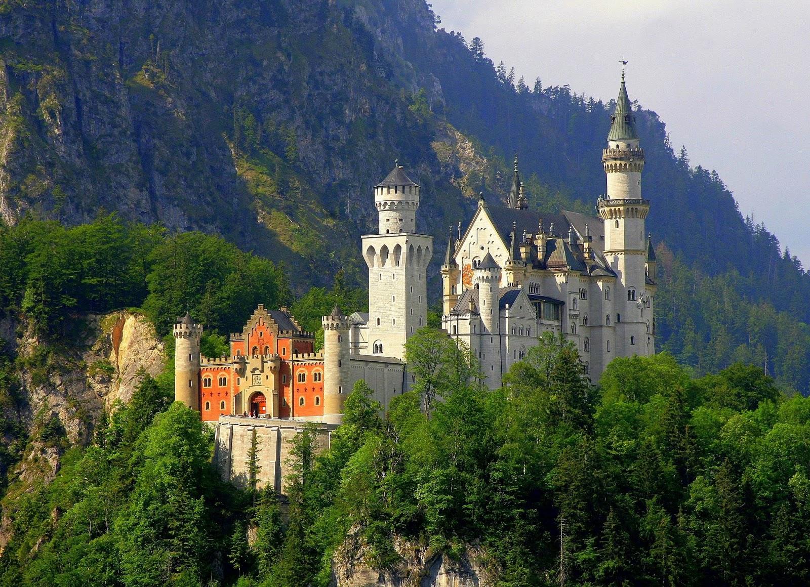 Neuschwanstein Castle   A Historical & Popular Place In ...