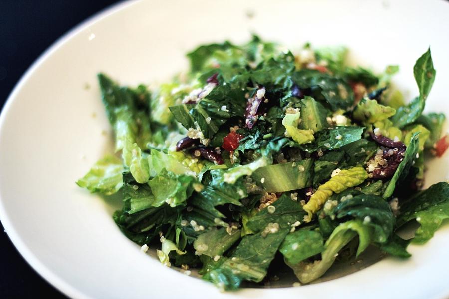 salad quinoa vegan