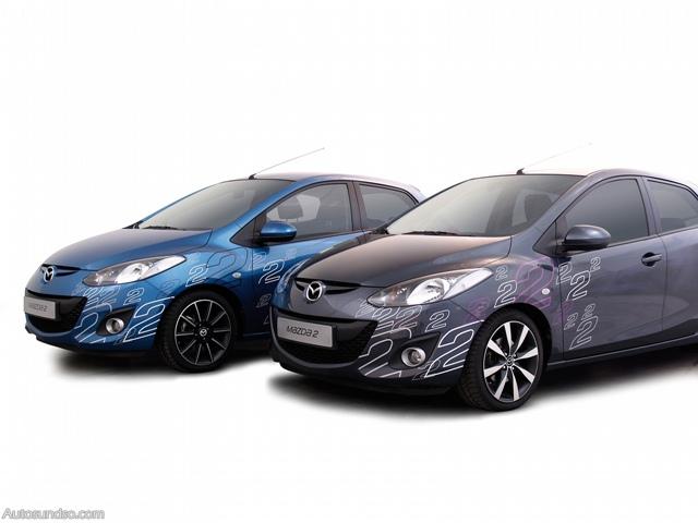 Sportliches Foliendesign für den Mazda 2