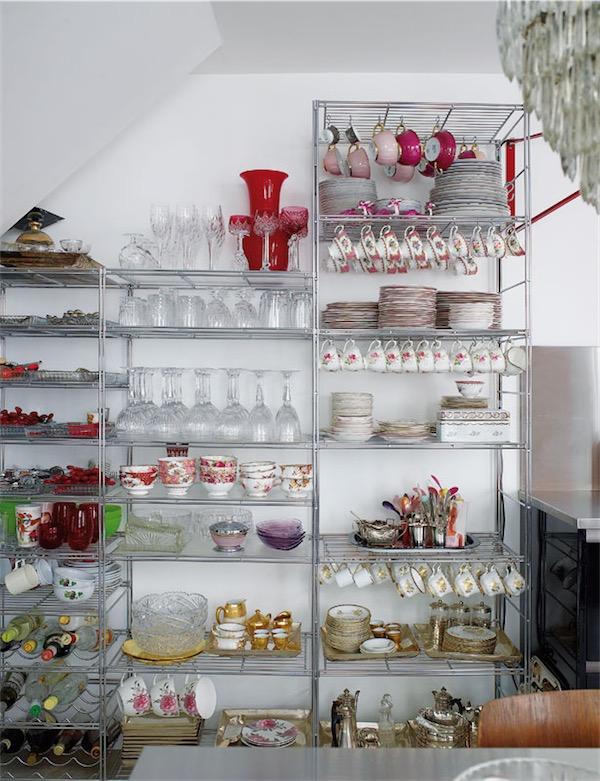 estanterias metalicas en la cocina chicanddeco