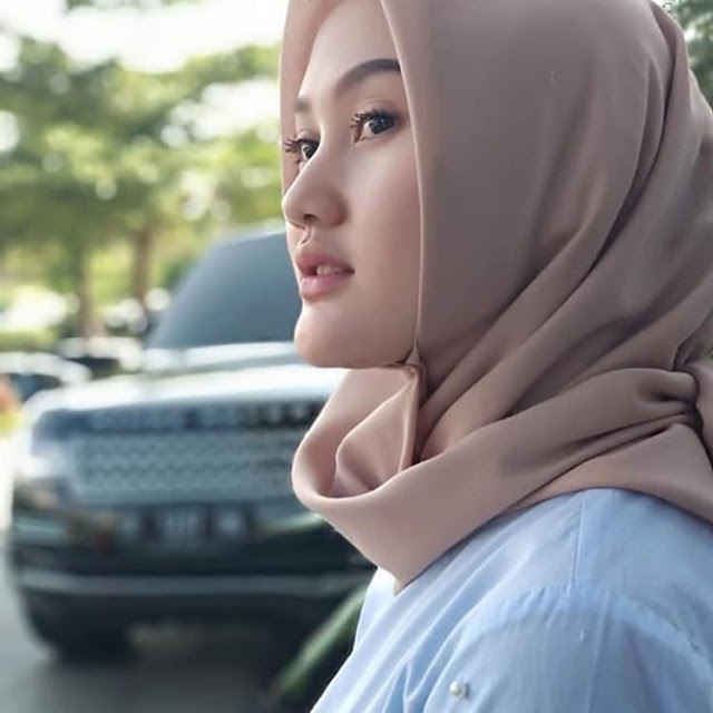 Dewi Andini Hijaber is Cool