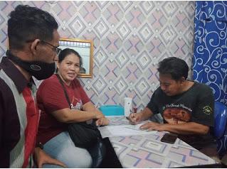 Serah Terima Bantuan Sewa Rumah dari Keuskupan Jakarta Untuk Umat Lingkungan Santo Petrus Volker