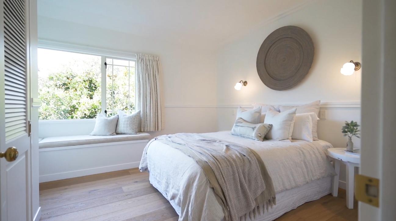 13 Photos vs. 130 Margaret Avenue, Havelock North, New Zealand Home Interior Design Tour