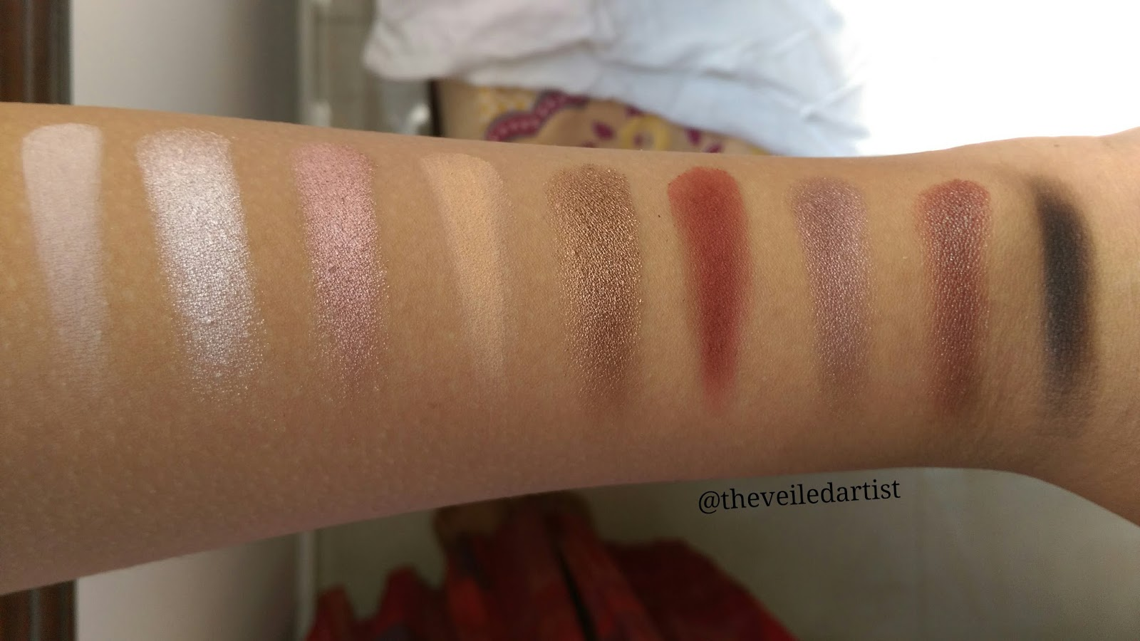 Ultimate Lips - 28 Color Lipstick Palette by BH Cosmetics #5