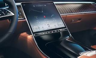 شاشة عرض سيارة مرسيدس مايباخ 2021