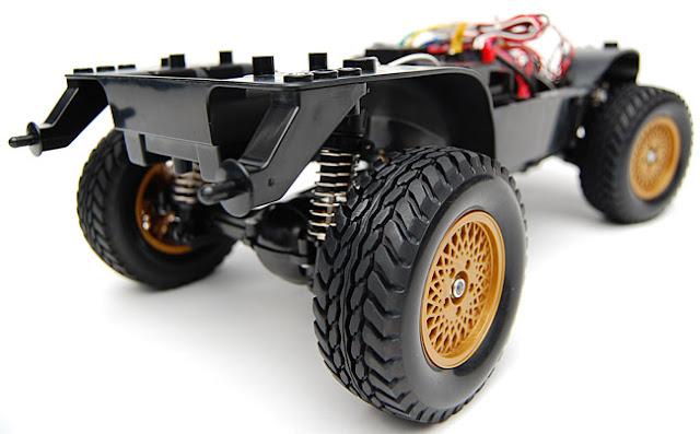 Tamiya Jeep Wrangler chassis roller