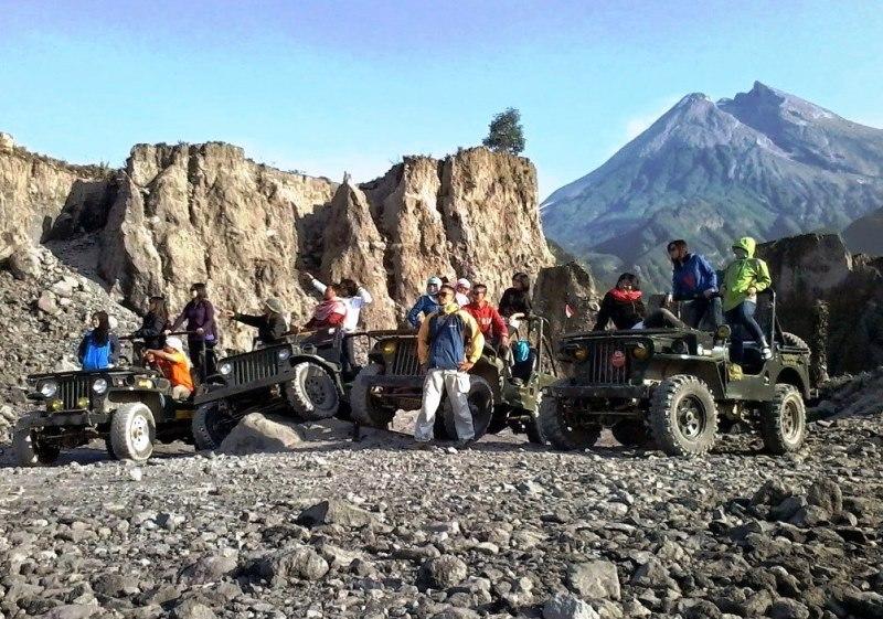 Keseruan Merapi lava Tour