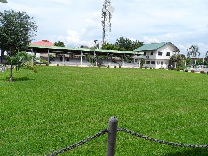 Photos of Obi Of Onitsha, Igwe Wilfred Achebe's palace in Onitsha, Anambra