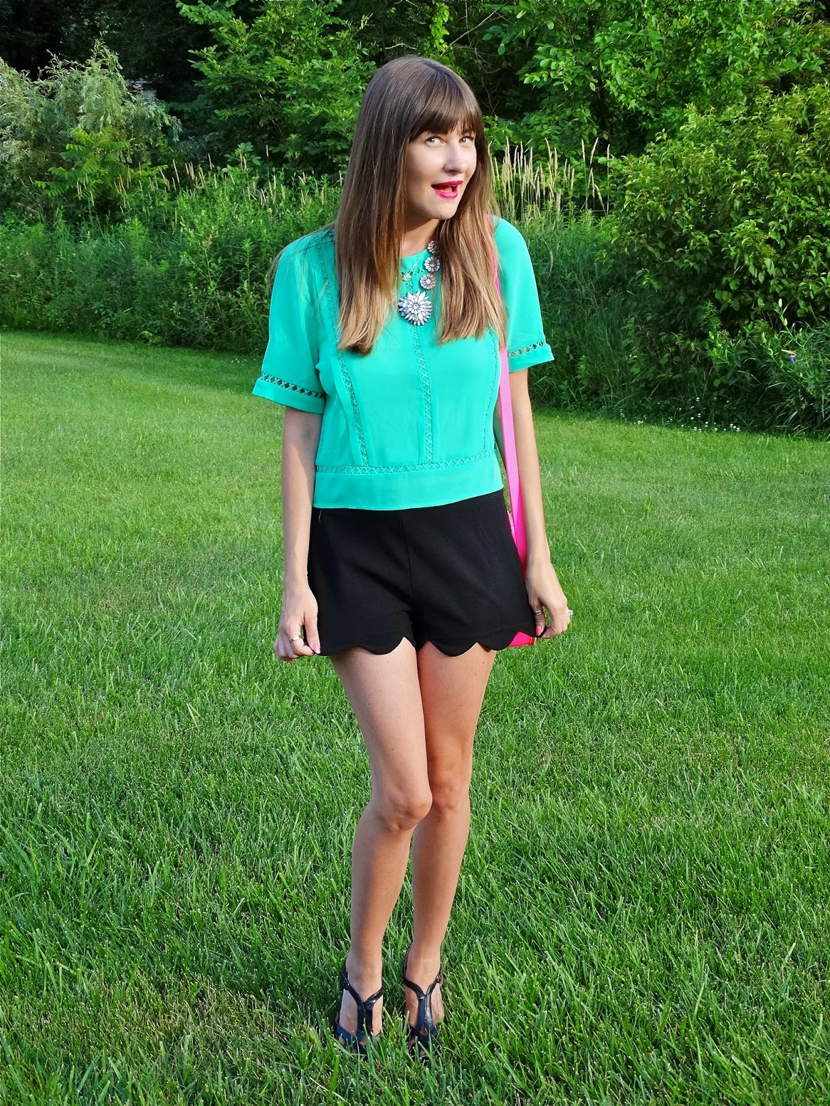 What to wear with scalloped shorts, outfit ideas | House Of Jeffers | www.houseofjeffers.com