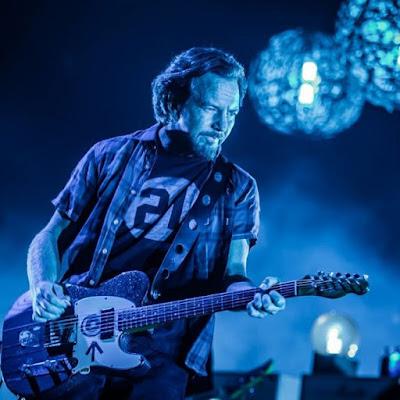 Eddie Vedder elige sus discos favoritos de todos los tiempos El líder de Pearl Jam comparte sus 13 discos predilectos.