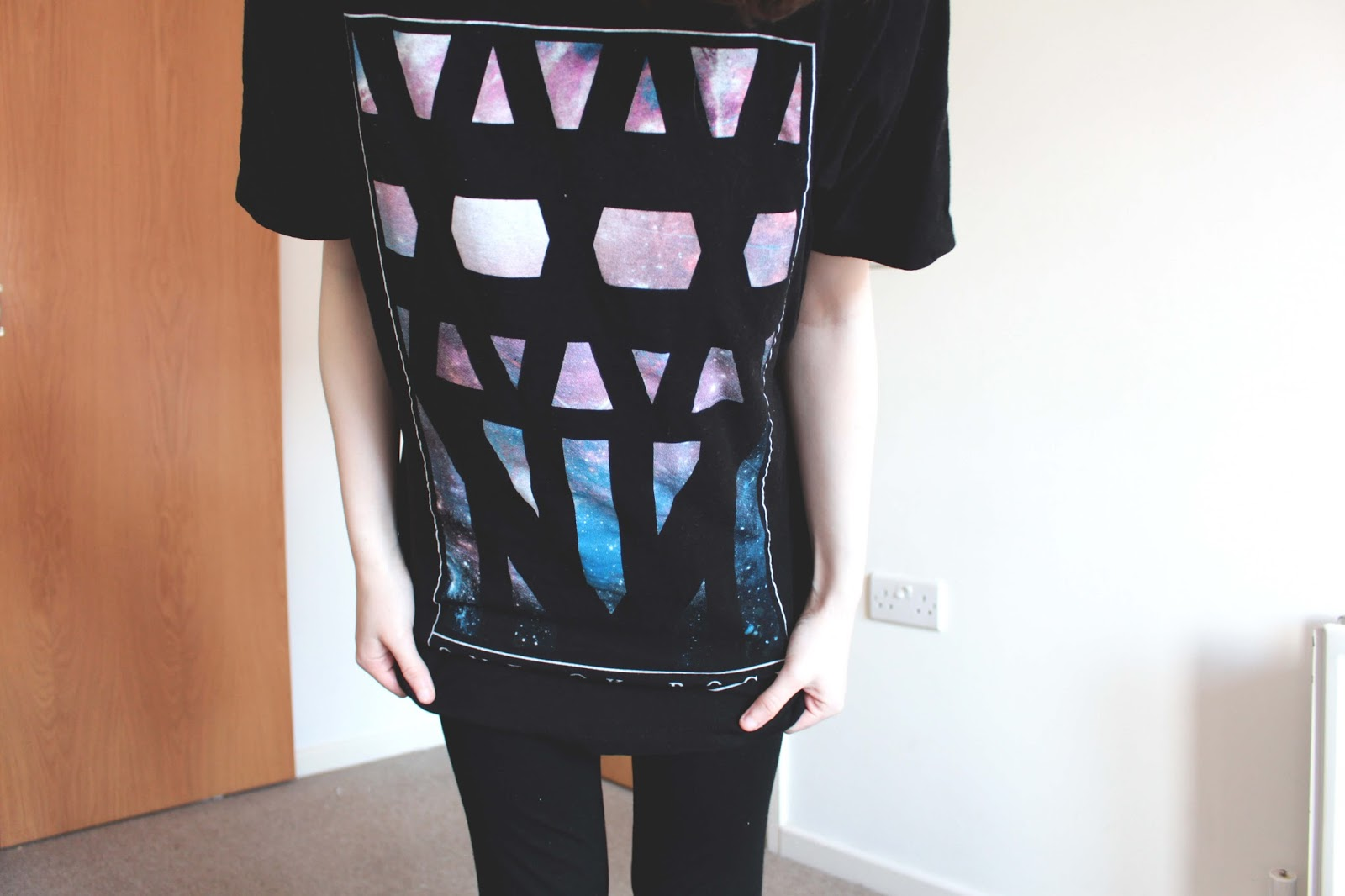 how to style a band tshirt