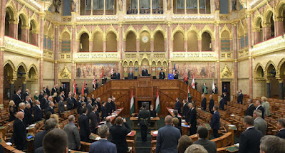 Hungarian parliament lifts state of emergency! – UPDATE