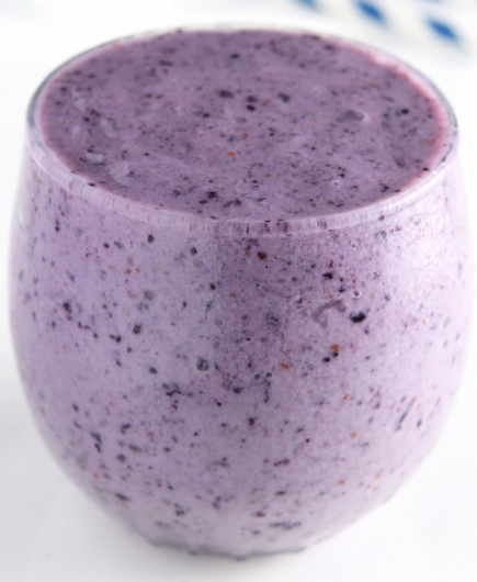 Blueberry Banana Protein Smoothie #drink #smoothie #banana #sangria #easy