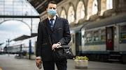 A MÁV és a Volánbusz járatain május 4-től kötelező a szájmaszk használata