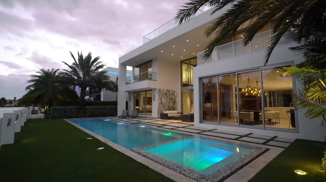 78 Interior Photos vs. 500 Mola Ave, Fort Lauderdale, FL Luxury Contemporary Home Tour