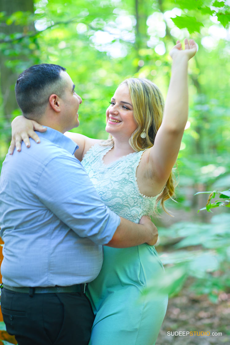 Toledo Wedding Engagement Pictures in Outdoor Nature - by SudeepStudio.com Ann Arbor Wedding Photographer