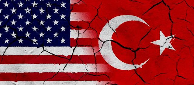 Η πίεση σε Τουρκία θα συνεχιστεί αν δεν απελευθερωθεί ο πάστορας