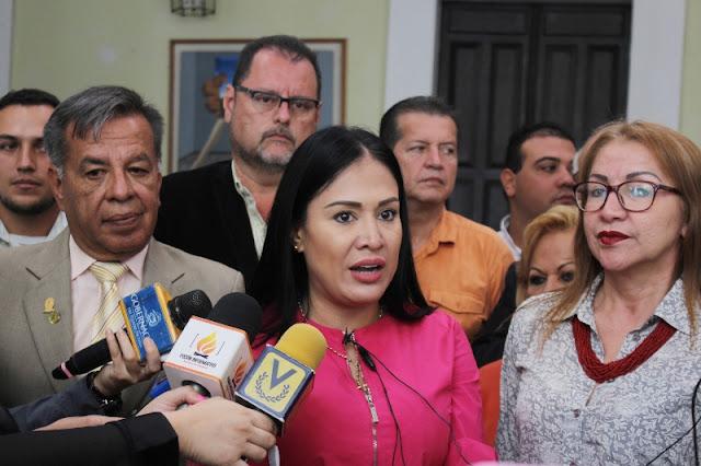 """TÁCHIRA: Laidy Gómez: """"El pueblo tachirense quiere ver acciones sociales, no carrozas lujosas""""."""