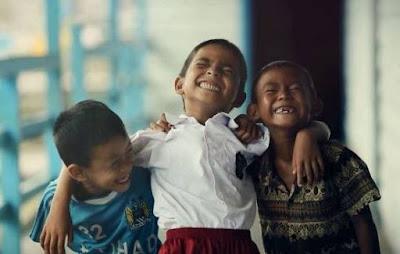 Pantun Anak-anak  : Lucu, Gokil, Unik dan Bikin Ngakak