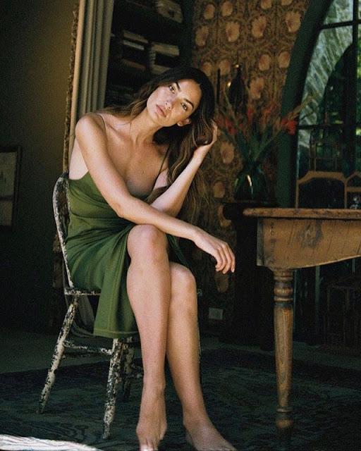 Lily Aldridge Photos