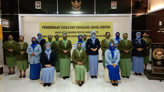 Pelantikan Wakil Ketua Satu Dharma Pertiwi Korcab NTB