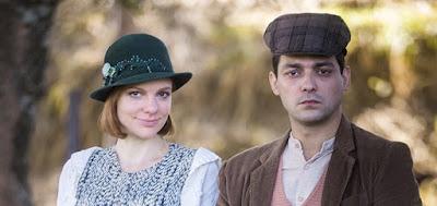 Olga (Maria Eduardo de Carvalho) e Zeca (Eduardo Sterblitch): casamento com quatro filhos