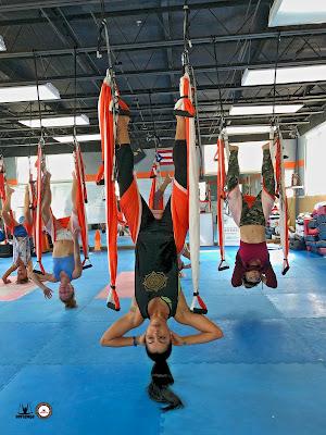 tonificacion-deotx-anti-age-rejuvenecimiento-3-beneficios-ayurveda-inspiran-metodo-aeroyoga-yoga-aereo-aerea-air-fly-flying-columpio-hamaca-trapeze