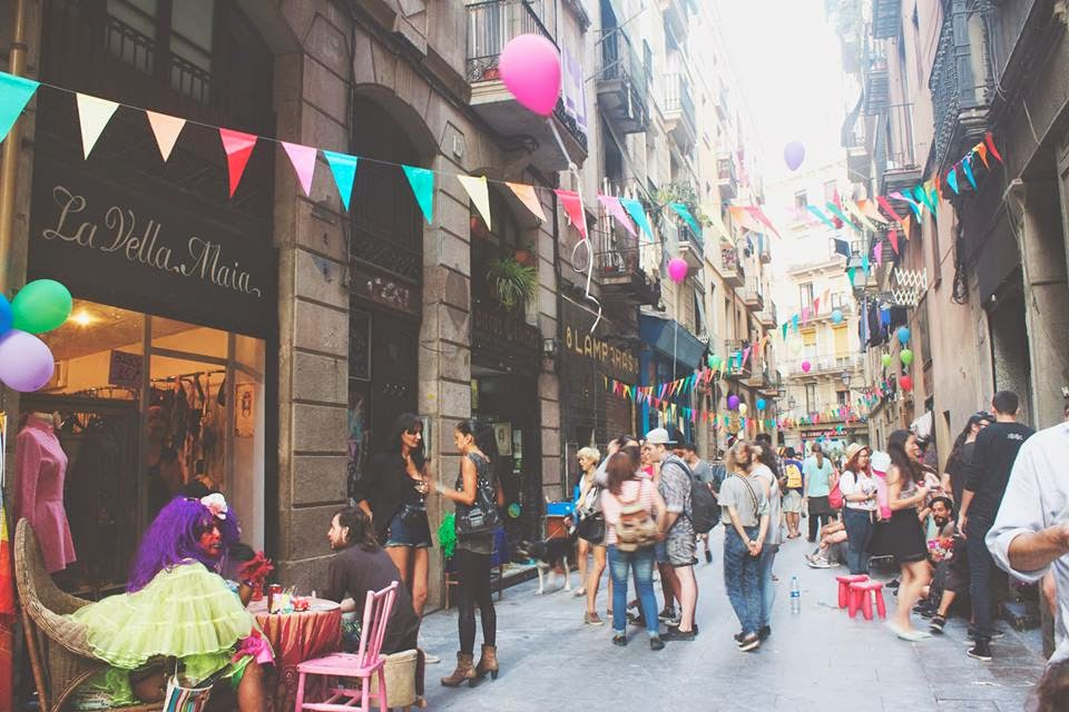 Vintage Shopping In Barcelona Guide