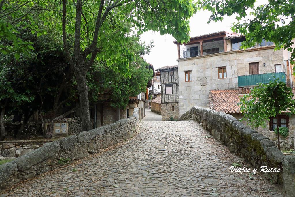 Puente y calzada de San Martín del Castañar