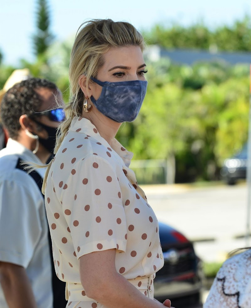 Ivanka Trump Clicked at a Farmer to Families Food Box Distribution in Miami 22 Dec-2020