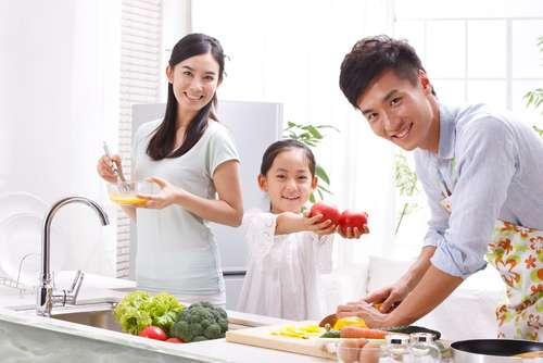 Ilustrasi keluarga bergaya hidup sehat. (Shutterstock)