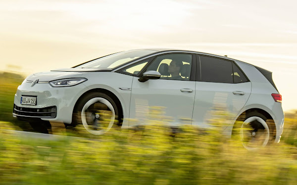 VW ID.3 supera Tesla Model 3: elétrico mais vendido - Europa