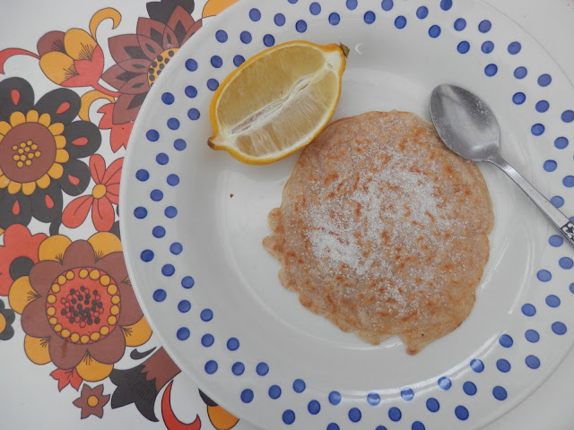 Koko dairy free vegan milk alternative vegan pancakes. Koko dairy free milk alternative, a review and an easy vegan microwave cake recipe. secondhandsusie.blogspot.com #vegan #kokodairyfree