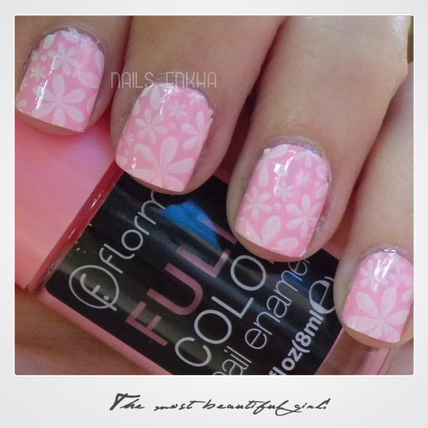 Bubble Gum Nail Art: Nail Art Bubble Gum