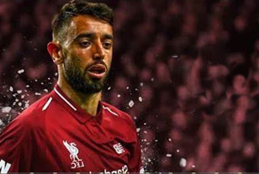 Bruno-Fernandes-in-LFC-shirt