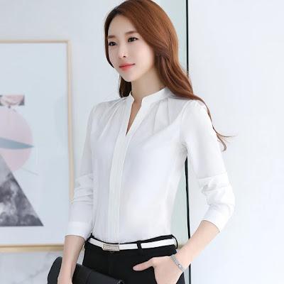 Tips Memilih Model Baju Atasan Wanita Terbaru untuk Tampil Cantik