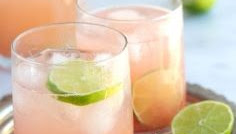 THE PERFECT PALOMA COCKTAIL EASY