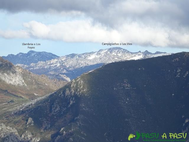 Ruta a Peña Melera y Los Pandos: Vista del Campigueños y Llambria desde los Pandos