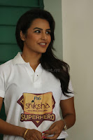 Actress Priya Anand in T Shirt with Students of Shiksha Movement Events 64.jpg