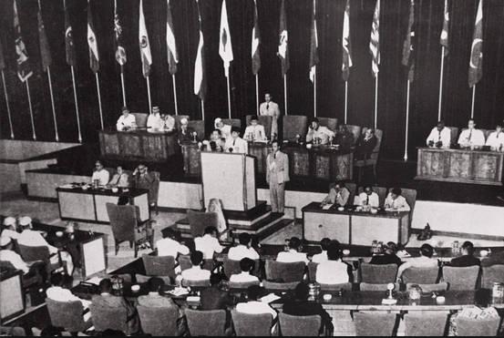 Peran Indonesia Dalam Upaya Menciptakan Perdamaian Dunia Pada Pelaksanaan Konferensi Asia Afrika (KAA) 1955