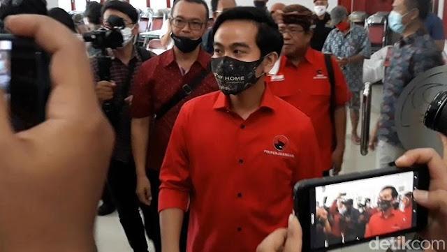 Ucapan Terima Kasih Gibran Untuk Sekretaris FPKS yang Dicopot Gegara Baju