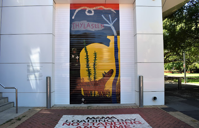 MAMA's roller door   Mural by Bethany Thornber