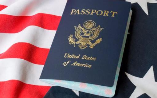 كم عدد الأشخاص الذين يهاجرون إلى الولايات المتحدة في السنة؟