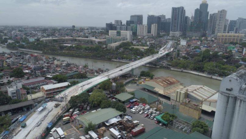 BGC-Ortigas Link Bridge will open in June 2021