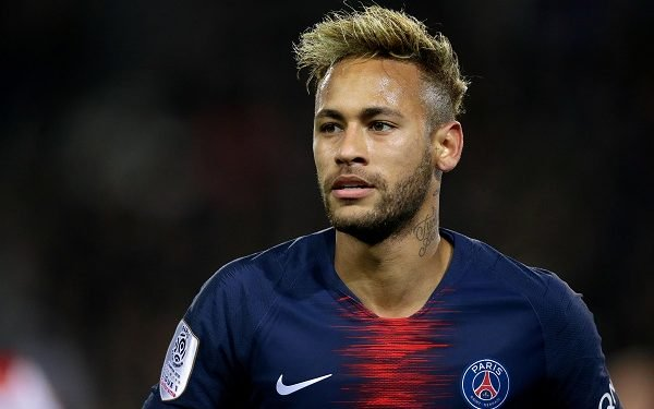 Neymar denies flouting social distancing rules