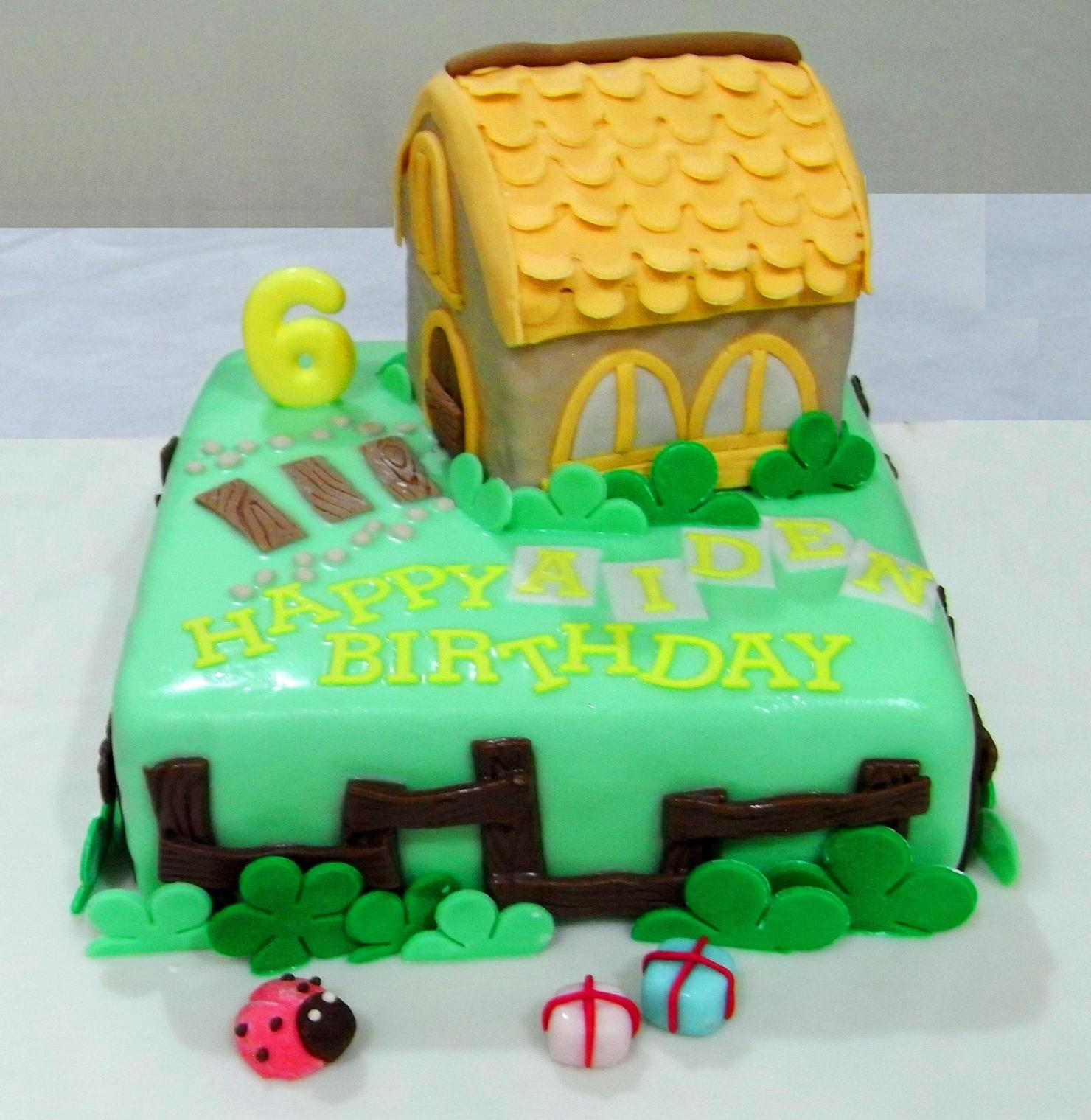 Bearylicious Cakes: Home Sweet Home birthday cake