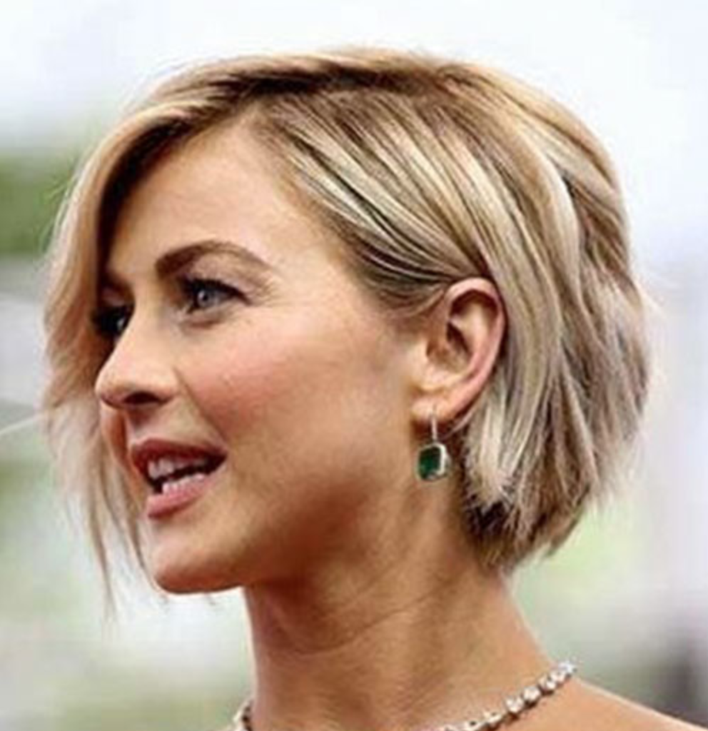 30 Best Short Hairstyles for Thick Hair - LatestHairstylePedia.com