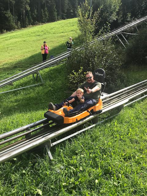 Sommerrodelbahn Rittisberg Wandern mit Kindern Jules kleines Freudenhaus