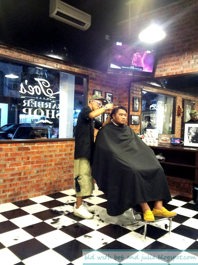 BLD with Bob and Julie: Joe's Kitchen & Barber Shop @ SS15 ...