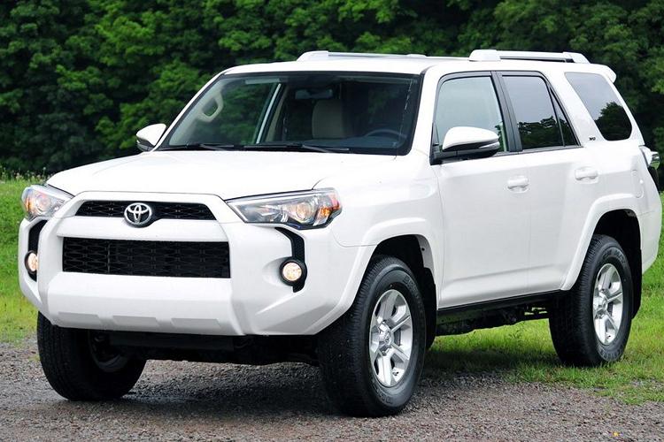 Toyota 4Runner đời 2014 'thách cưới' 1,95 tỷ ở Sài Gòn